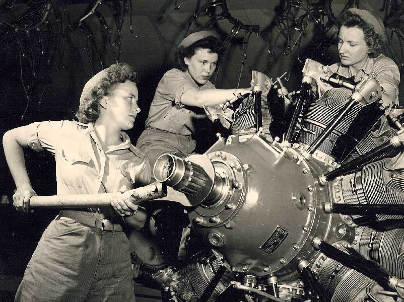 aircraft-mechanic-women.jpg